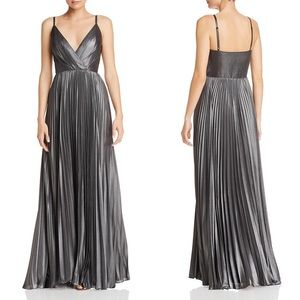 Laundry By Shelli Segal Pleated Metallic Gown